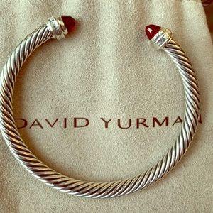 Beautiful DY cable bracelet with garnet & diamonds